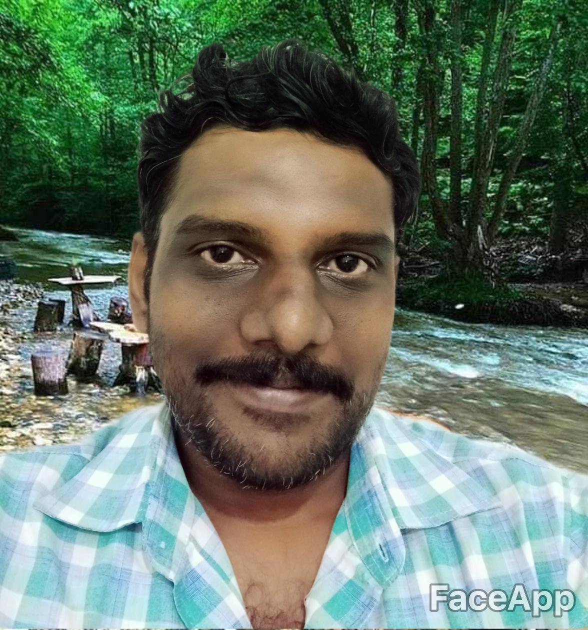 FaceApp_1564343686620.jpg